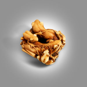 Netsuke - Family Frogs