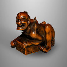Load image into Gallery viewer, Okimono type Netsuke – Rat Catcher