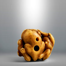 Load image into Gallery viewer, Netsuke - Playing Pups