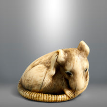 Load image into Gallery viewer, Netsuke – Kyoto School Rat
