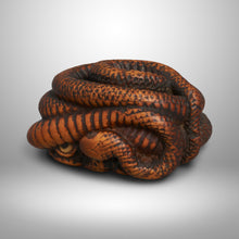 Load image into Gallery viewer, Netsuke – Sansukumi