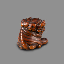 Load image into Gallery viewer, Netsuke – Large Shishi