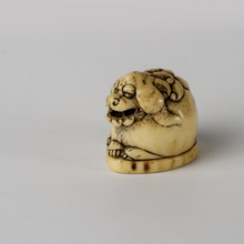 Load image into Gallery viewer, Netsuke - Stag Antler Shishi