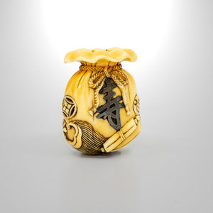 Netsuke – Treasure Bag
