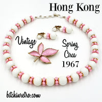 Hong Kong Lucite Necklace and Patriotic Kitsch at bitchinretro.com