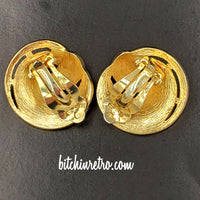 Crown Trifari Comet Swirl Jewelry Set at bitchinretro.com