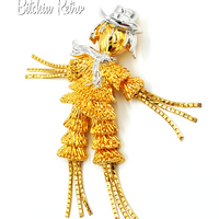 Scarecrow Vintage Brooch at bitchinretro.com