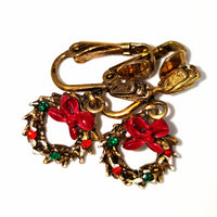 Vintage ART Rhinestone Christmas Wreath Brooch and Earring Set