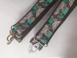 Bunter Taschengurt mit Karabiner - Emerald Pirate