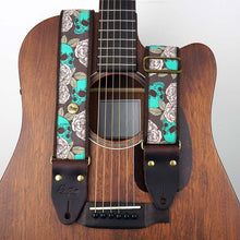 Laden Sie das Bild in den Galerie-Viewer, Jacquard Gitarrengurt Emerald Pirate