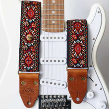 Laden Sie das Bild in den Galerie-Viewer, Retro Gitarrengurt Hippie Love