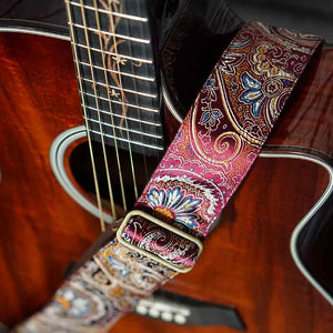 Paisley Gitarrengurt bordeaux – Indian Sunrise
