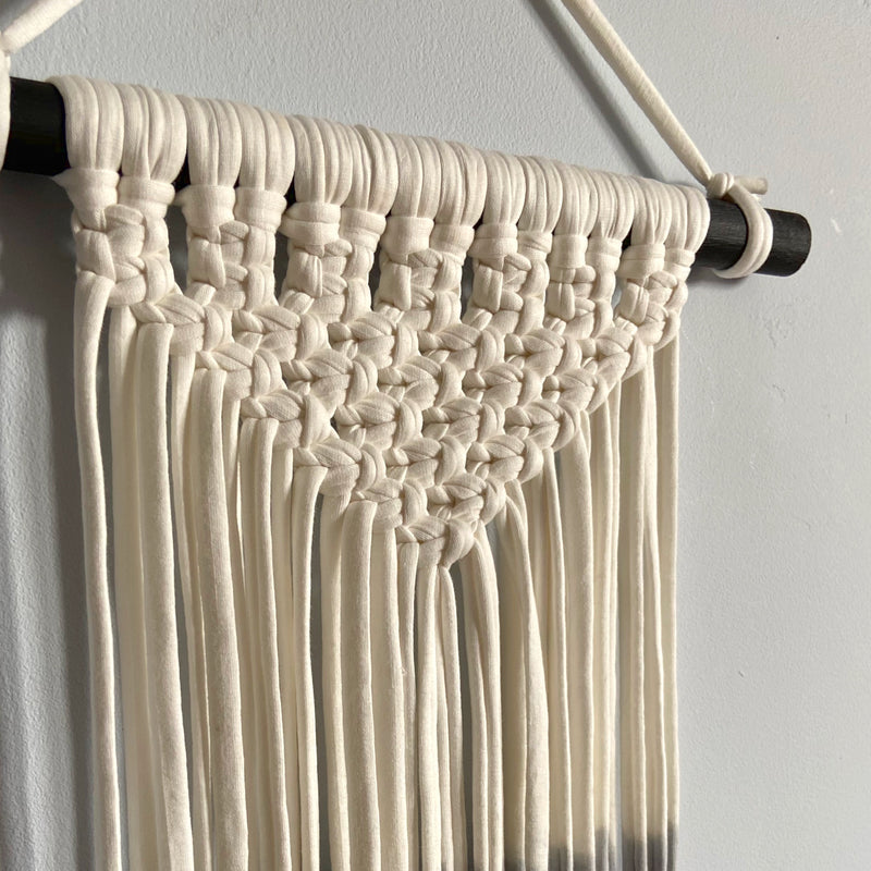 Kid's grey ombre wall hanging - Mara studio