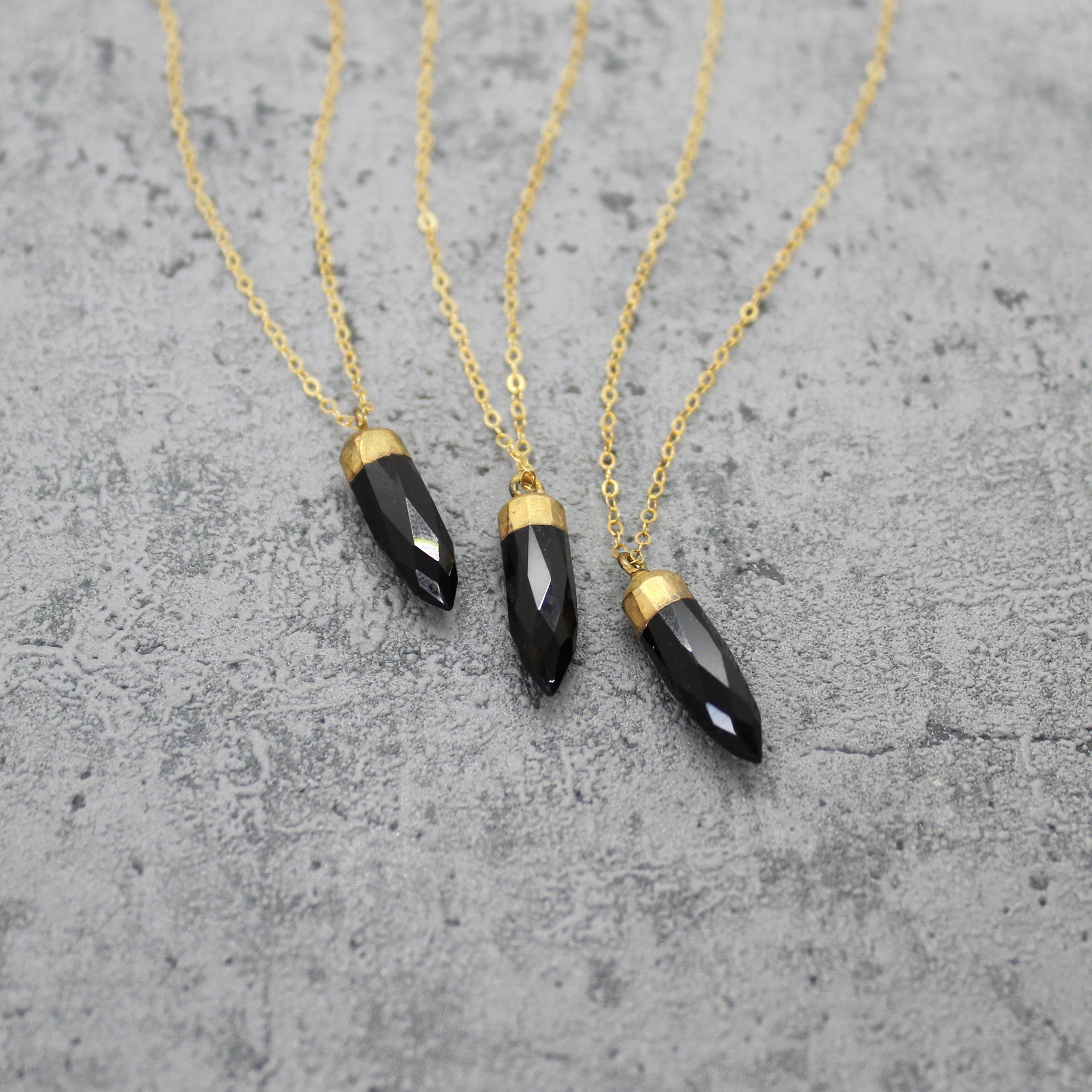 Black onyx stone spike necklace - Mara studio