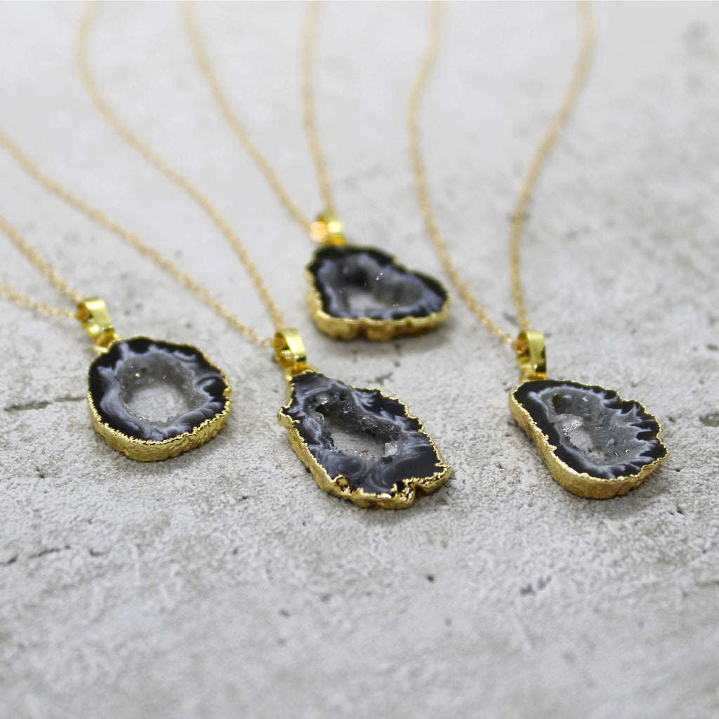Mini agate druzy slice necklace - Mara studio
