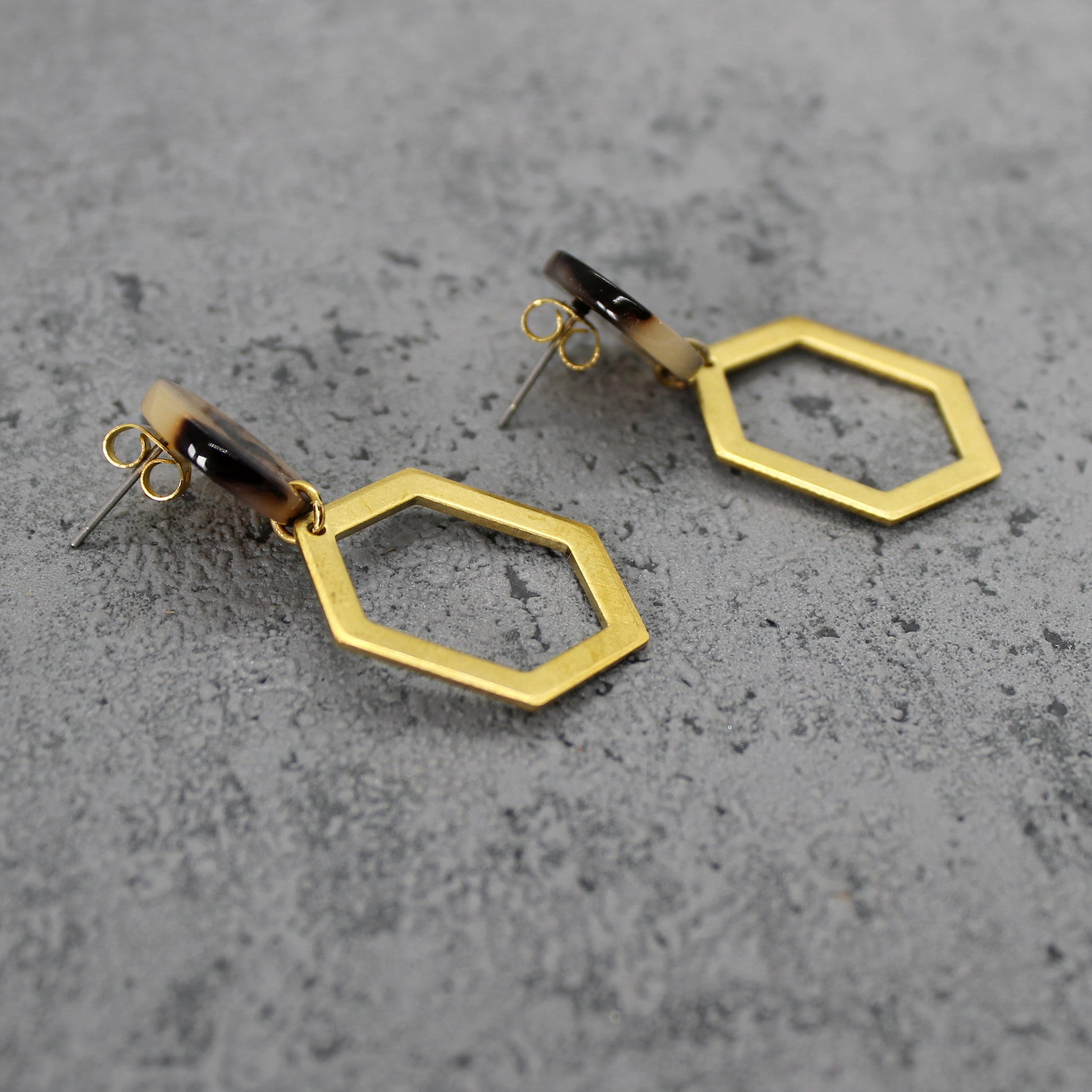 Brass hexagon earrings - Mara studio