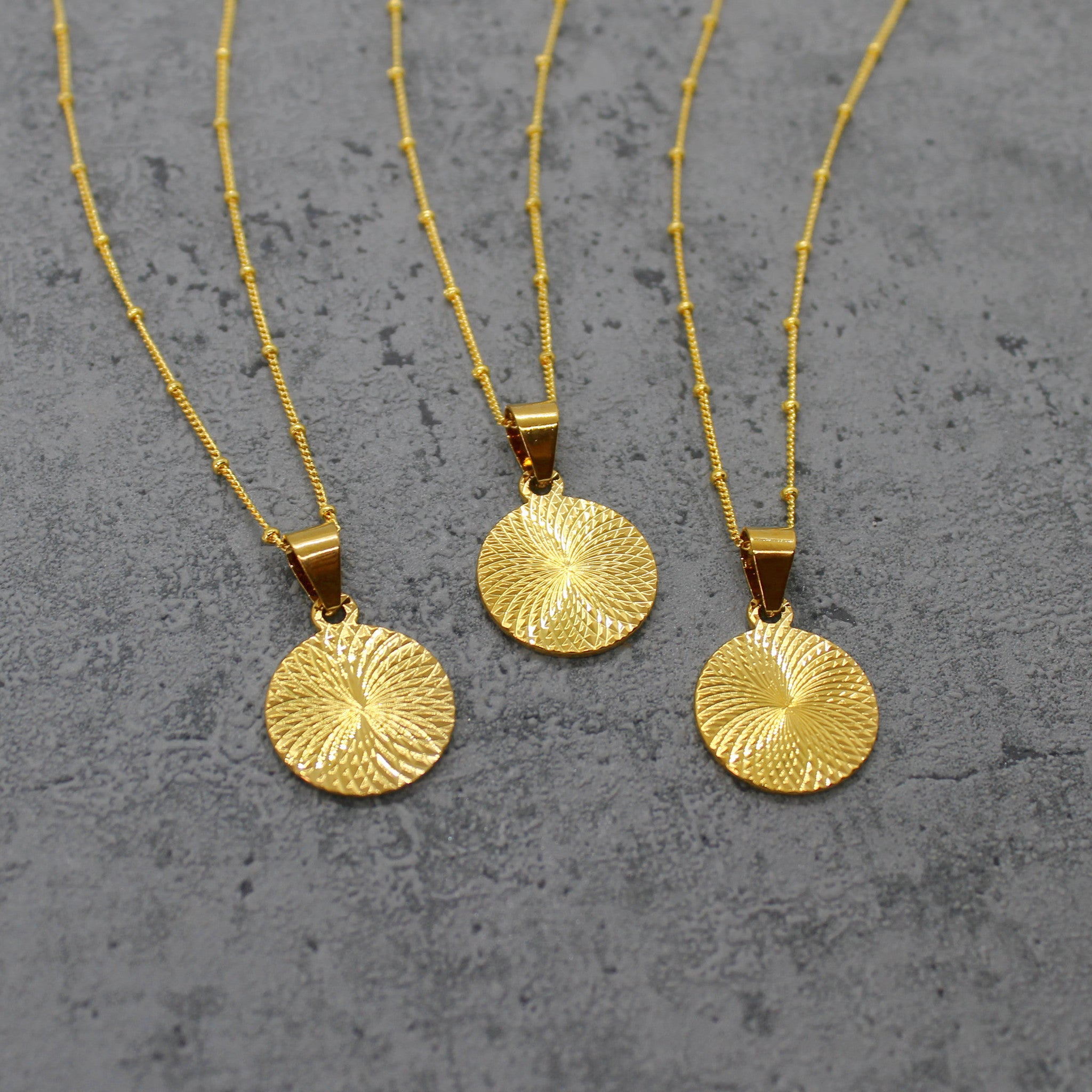 Gold filled circle pendant necklace - Mara studio