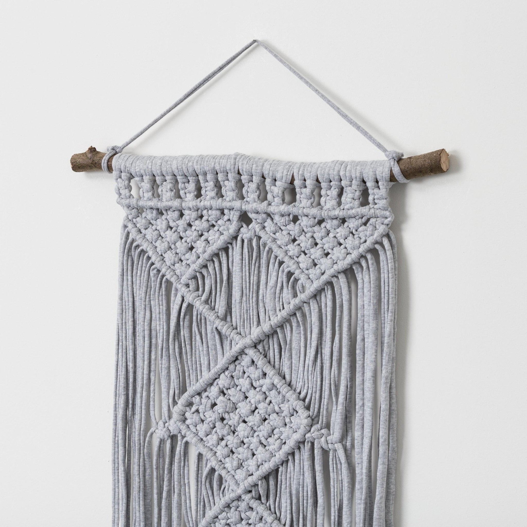 Diamond macrame wall hanging - Mara studio
