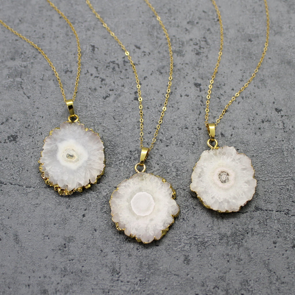 Solar quartz pendant necklace - Mara studio