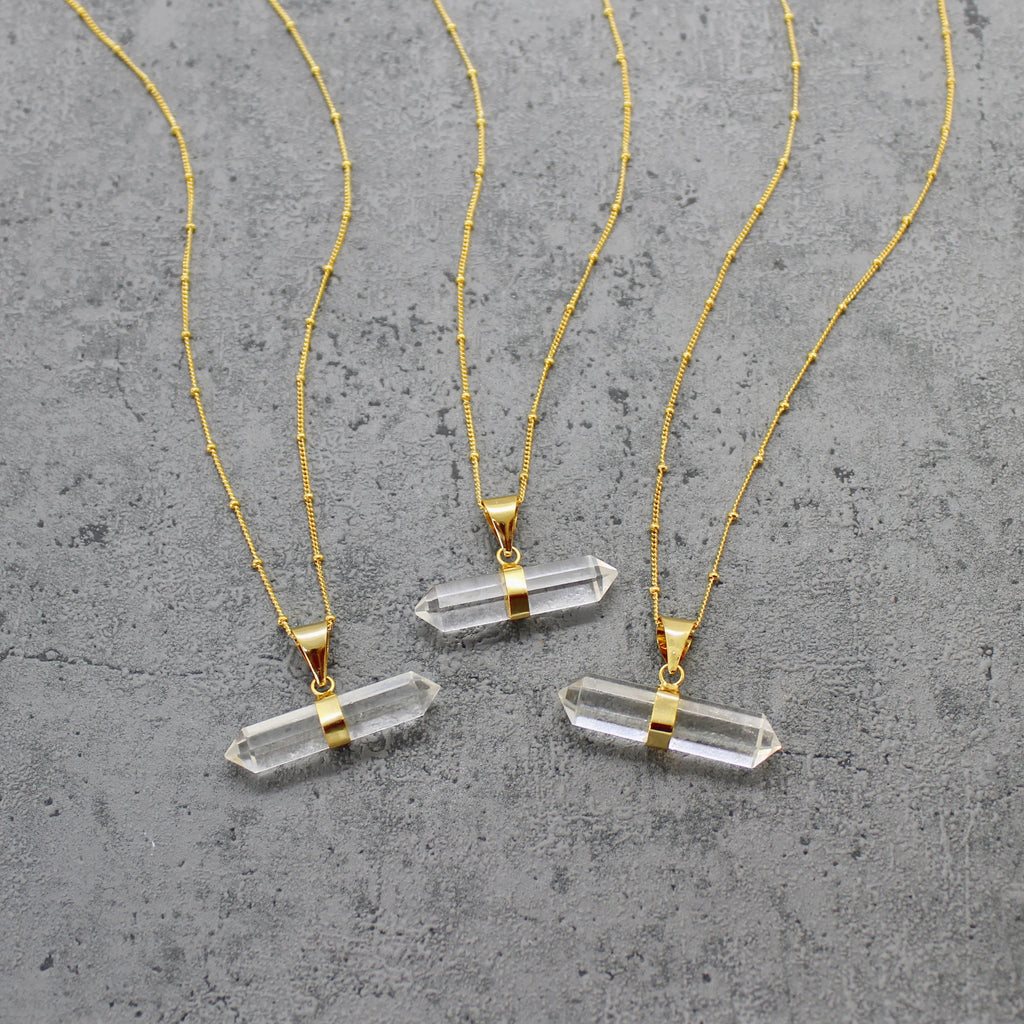 Quartz t bar necklace - Mara studio