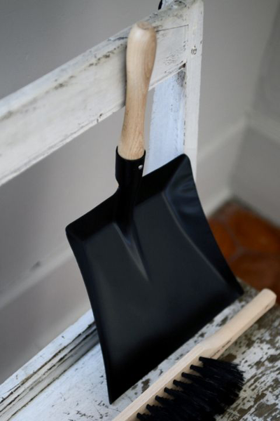 Andree Jardin Traditional Dustpan