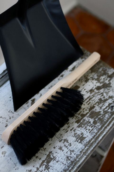 Andree Jardin Dustpan Hand Brush Gift Set