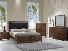 Load image into Gallery viewer, [Crown Mark] Belmont Bedroom Set, Queen (B3100)
