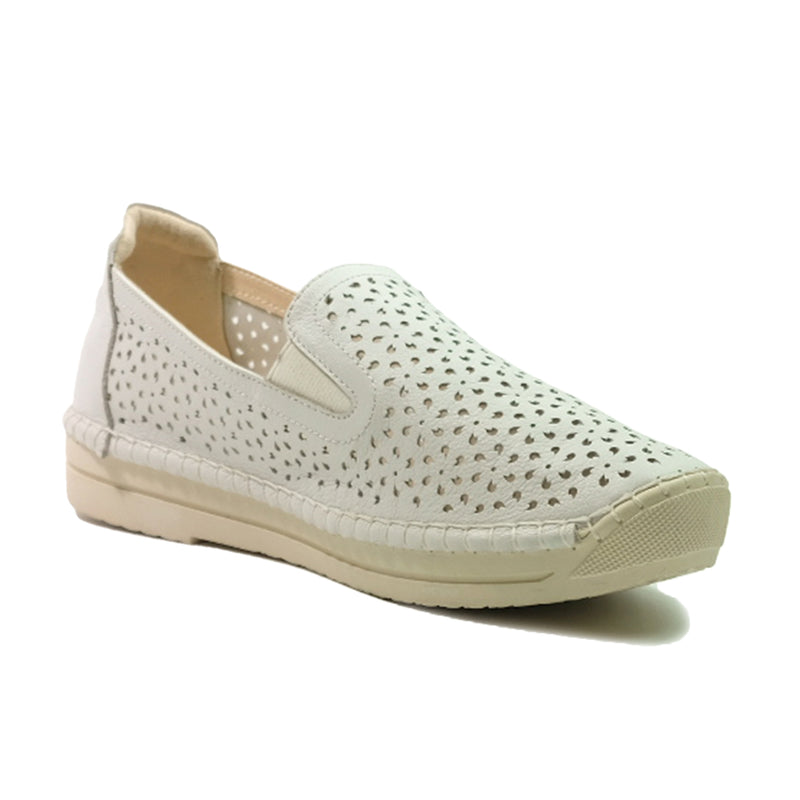 JWEST Laser Hole Sneakers A92071SK White