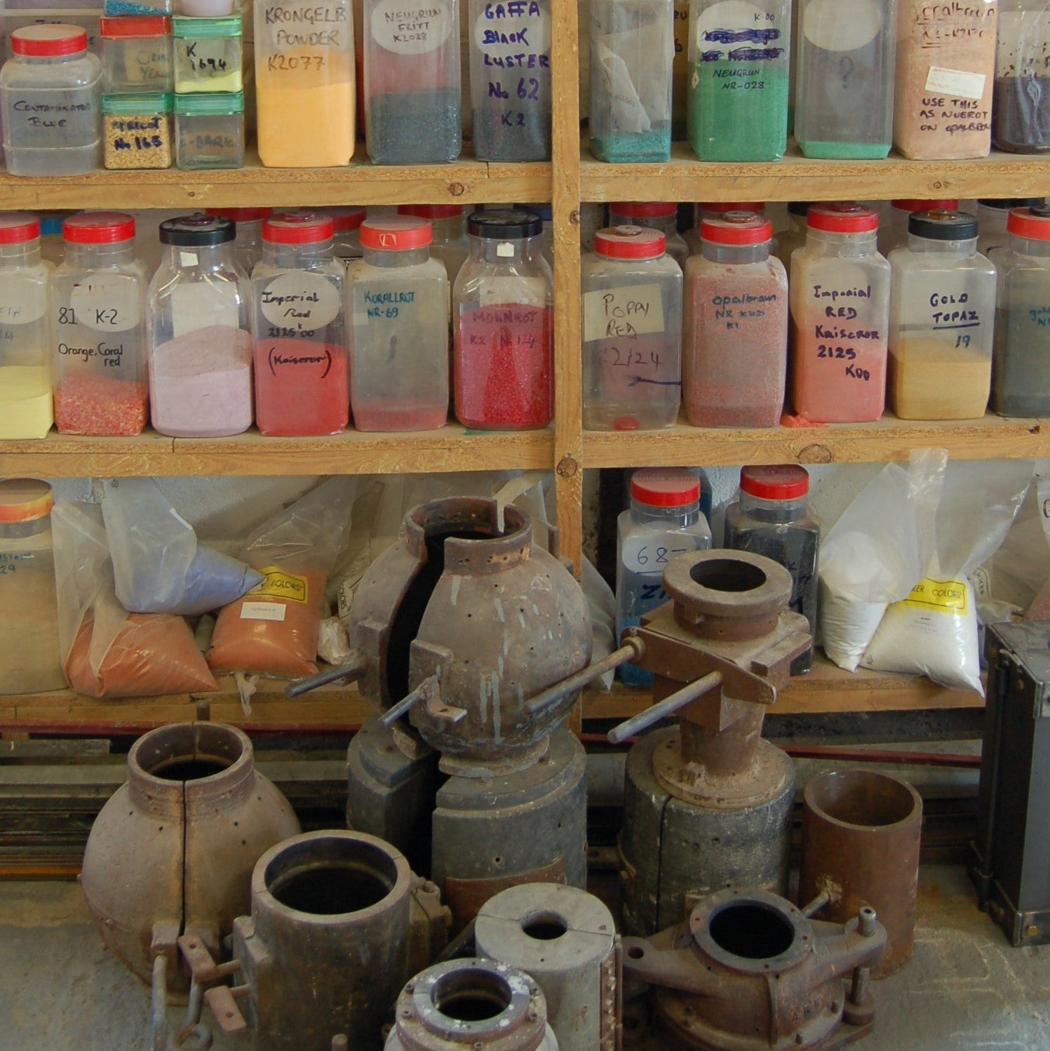 We have a selection of moulds which are used for making lampshades. We have a large variety of powders, fritts and bars.