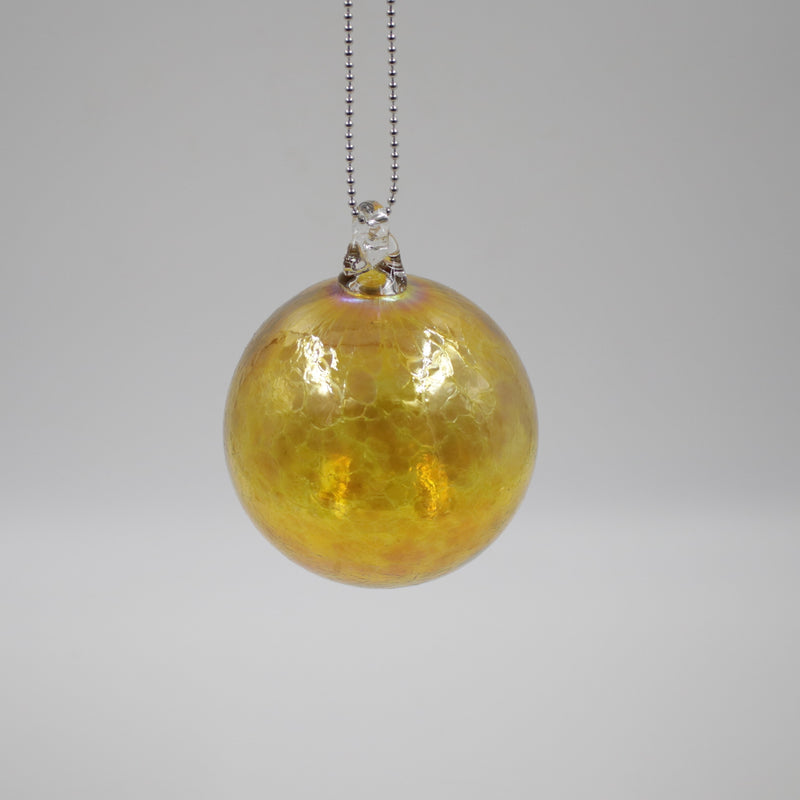Gold flake glass bauble