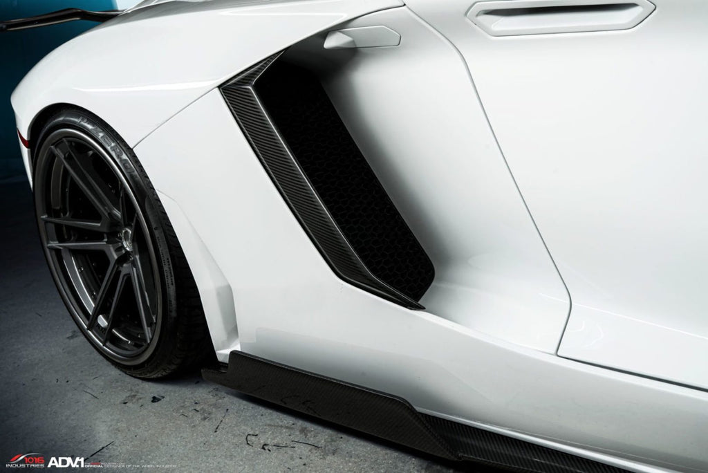 1016 Industries – Lamborghini Aventador LP700 Side Skirts