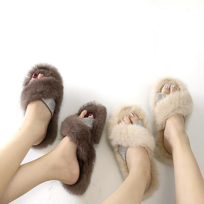 Redhollow Black Fluffy Home Slippers For Women