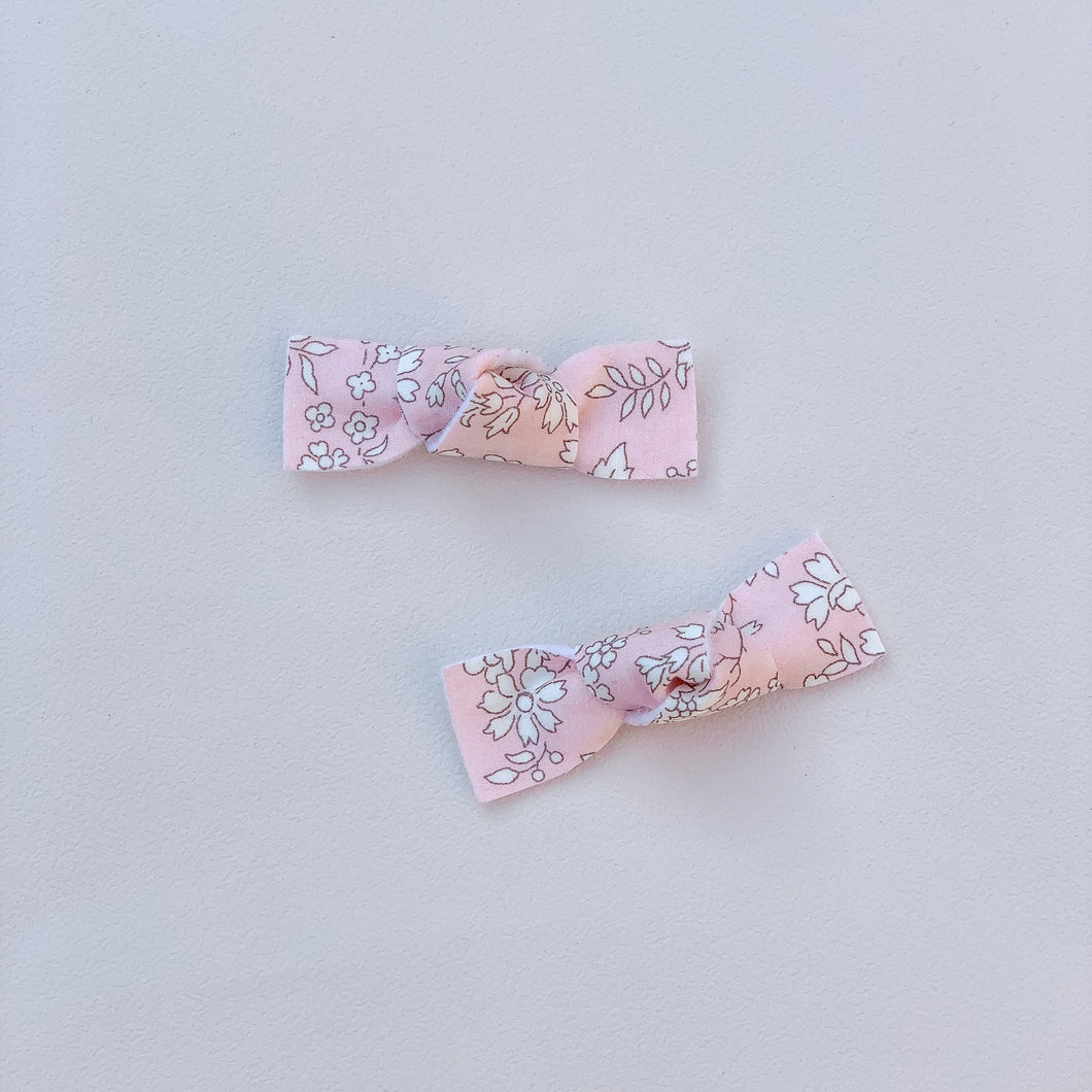 Liberty of London, Capel pink, Bow Knot, Hair bow