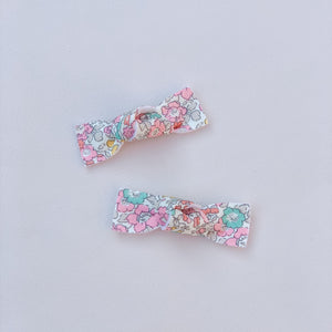 Liberty of London, Betsy anne  pink, Bow Knot, Hair bow