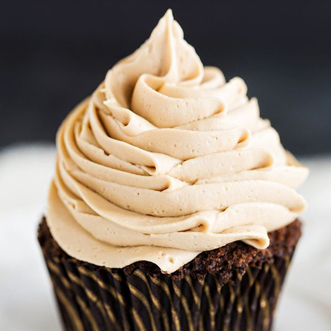 Enchant perfume (Mocha cupcake, White Chocolate, Espresso Buttercream Icing, Cinnamon, Sugar)