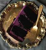 Spellbind perfume (Blackberry, Chocolate cake, Buttercream Icing, White Chocolate, Cream)