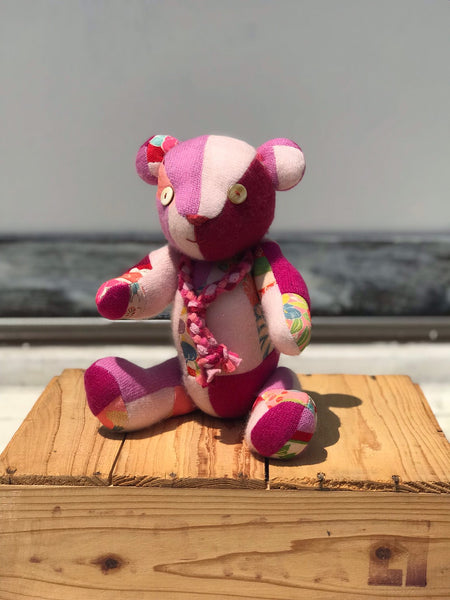 《the works》cashmere teddy bear with kimono