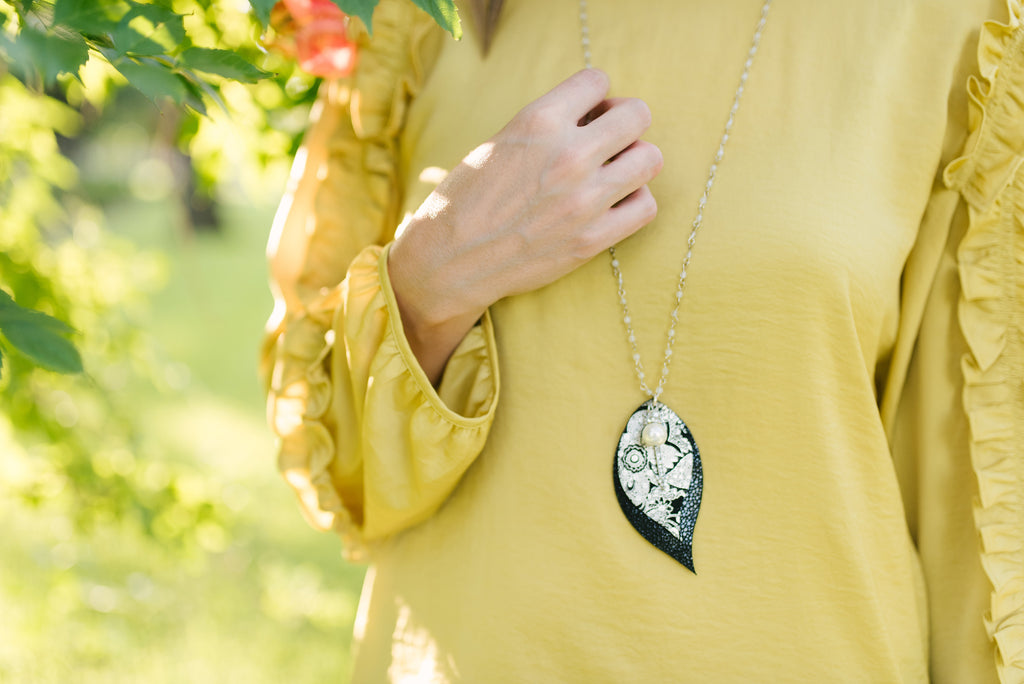 Pewter Paisley & Black Stingray Double Layer Leaf Necklace