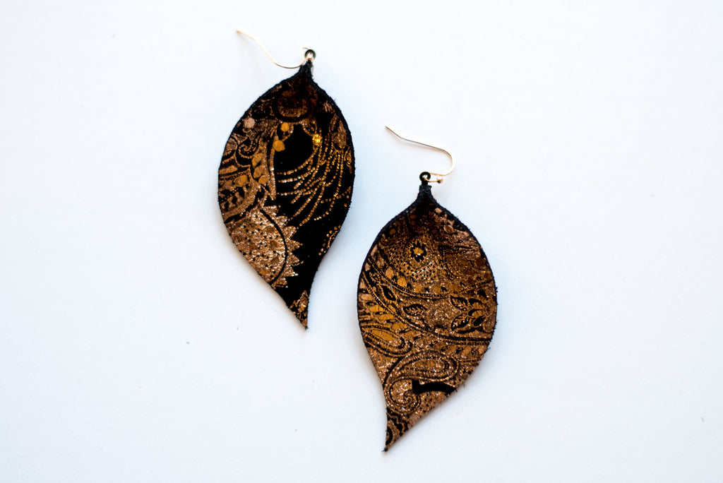 Rose Gold Paisley Single Layer Leaf Earrings