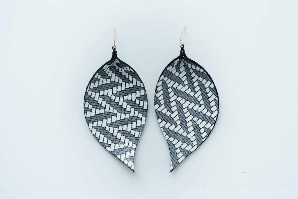 Black Chevron Single Layer Leaf Earrings