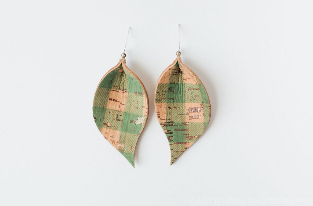 Green Plaid Cork Single Layer Leaf Earring