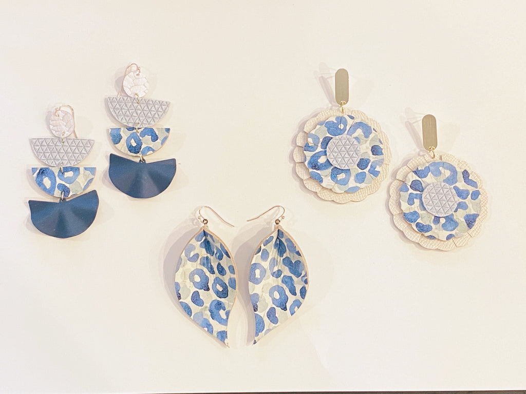 Blue Leopard Scalloped Circle Earrings