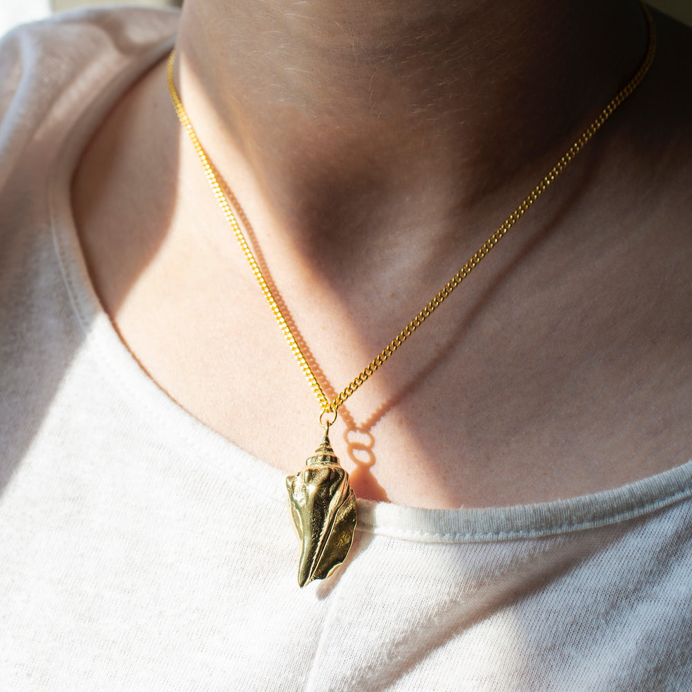 Conch Shell Brass Pendant Necklace