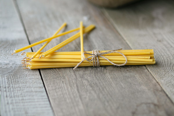 Set of 10 thin 100 % natural beeswax candles