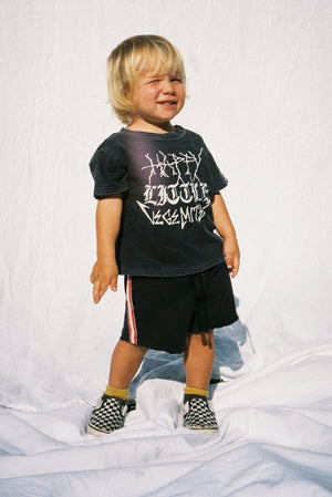 YOUTH SWEAT SHORT / WASHED BLACK