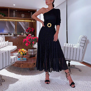 Women's Elegant Pleated Sloping Shoulder Pure Color Dress
