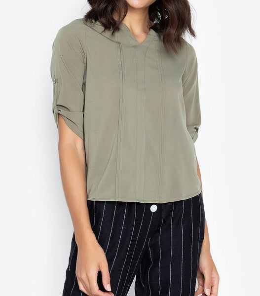 V-Cut Pleated 3/4 Long Sleeve Blouse