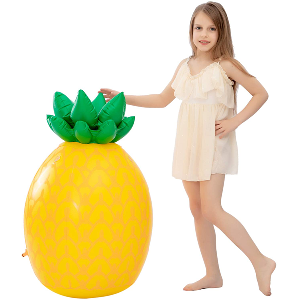 INFLATABLE TROPICAL PINEAPPLE SPRINKLER