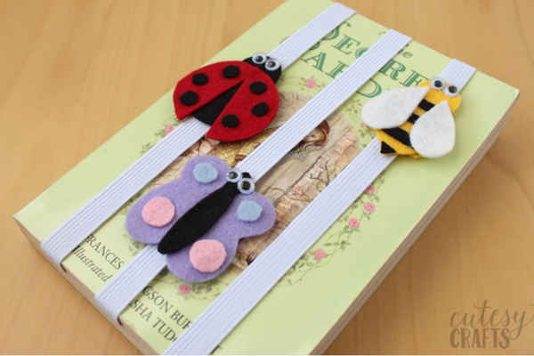 DIY Felt bookmark craft for kids