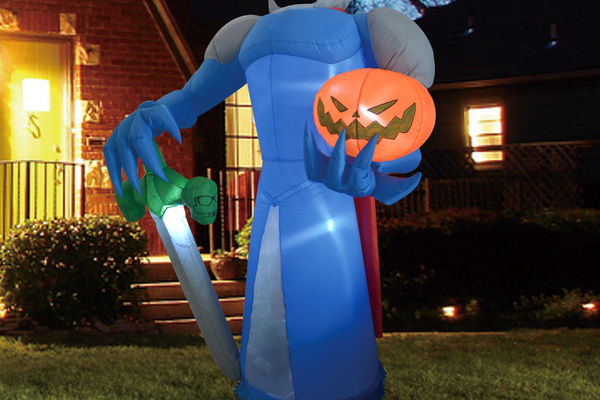 Halloween 8 FT Yard Inflatable Pumpkin Knight with Build-in LEDs